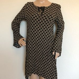 Dina be bell sleeves dress size small